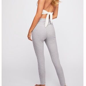 NWT FREE PEOPLE HIGH RISE BELLA SKINNY PANTS SZ 24